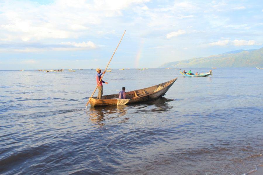 Lac Édouard : La patouille mixte RDC-OUGANDA contribue à la baisse de la pêche illicite