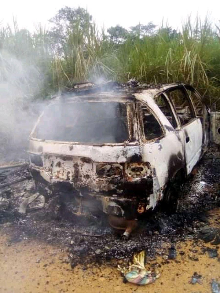 Ituri: 7 véhicules incendiés dans une nouvelle attaque sur l'axe Komanda-Luna
