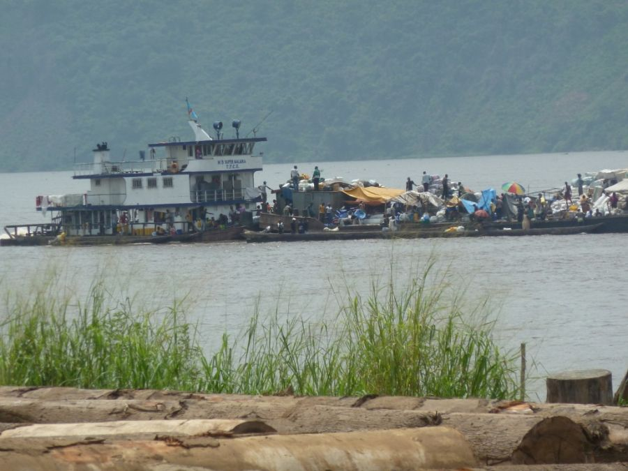 RDC-Transport interprovincial : Les voyageurs par bus et bateau désormais soumis au test COVID-19