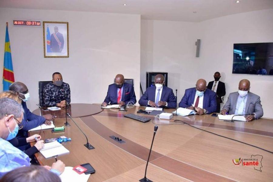 RDC-Violences sexuelles sur des femmes pendant la riposte contre Ebola : Le ministre de la Santé en pourparlers avec les représentants des agences de l'ONU